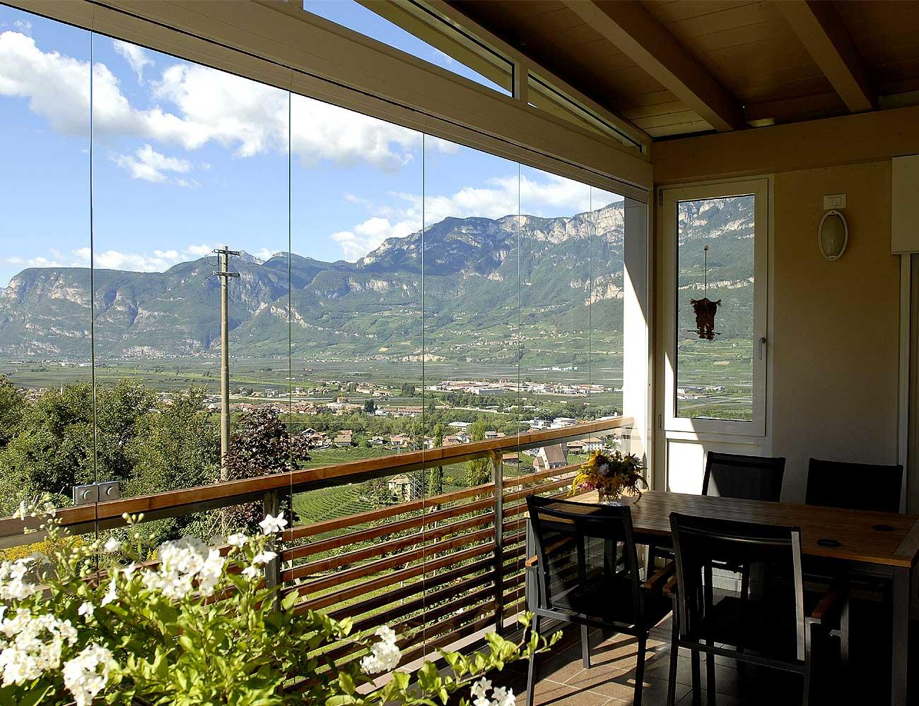 ebiasi-sitzplatzverglasung-balkonverglasung-1